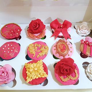 Customized cupcakes  - Cake by Shorna's Cake Corner