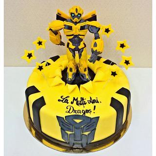 Bumblebee Transformers - Cake by Irina-Adriana