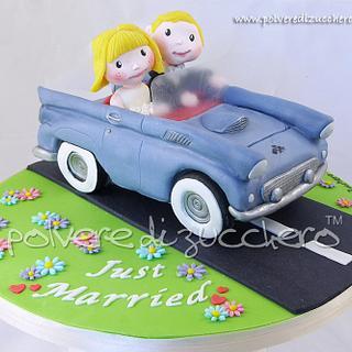 cake topper: bride and groom vintage car