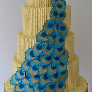 Peacock cascade weedding cake