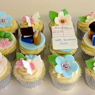 Retirement themed cupcakes