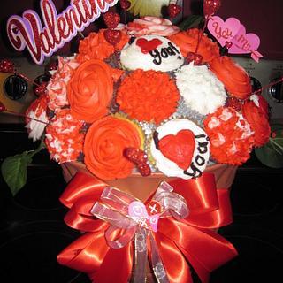 Valentine's Day Cupcake Bouquet!  - Cake by Lori