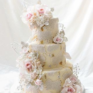 Blush pink lace cake.
