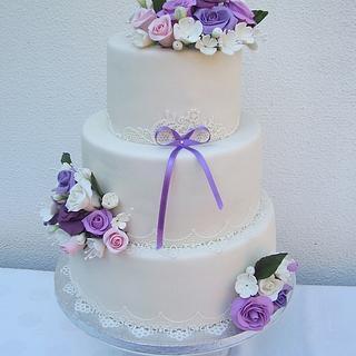 Romantic wedding cake in pastel colors