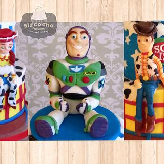 Jessie, Buzz and Woody fondant cake toppers