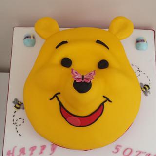 Winnie the pooh cake xx