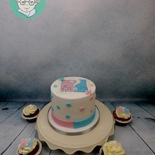 Babyshower cake He of she with lactose- sugar and glutenfree cupcakes