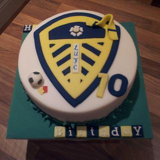 Leeds United Football Cake - Cake by Rachel Nickson