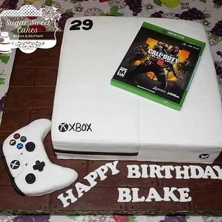 My BF's Xbox  - Cake by Sugar Sweet Cakes