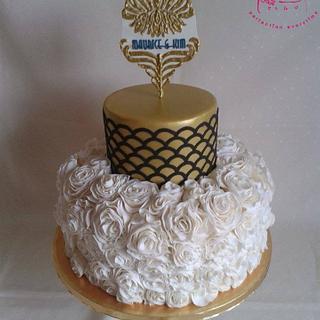 Art Deco Rose Ruffle Gold Wedding Cake