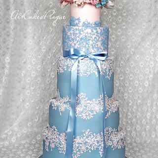 Rose Quartz & Serenity blue Wedding cake