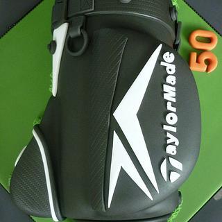 Taylormade Golf Bag cake