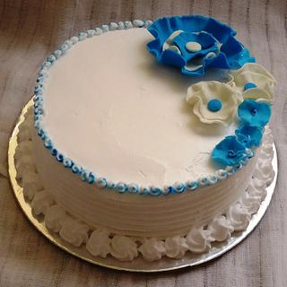 A coconut cake in blue