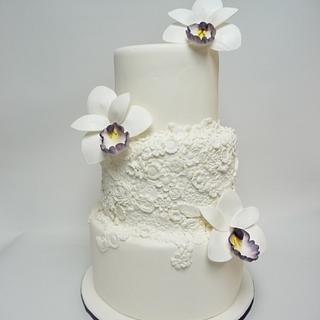 Bas relief White wedding cake