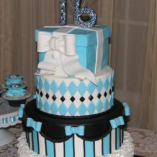 Sweet Sixteen Party cakes & cupcakes
