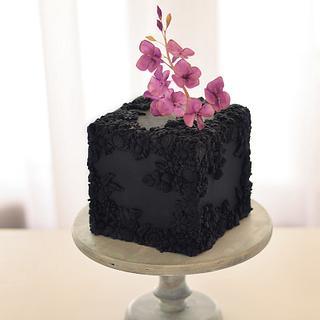 Hydrangea bas relife cake