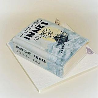 A book birthday cake