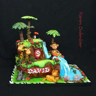 Jungle animal cake!