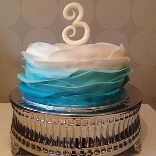 Ombré wave cake
