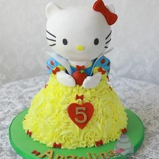 Hello Kitty as Snow White
