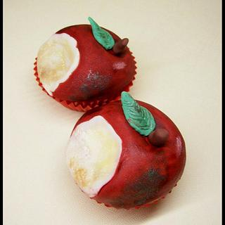 Who Took A Bite Of My Apple?! Cupcakes - Cake by Jen McK Evans