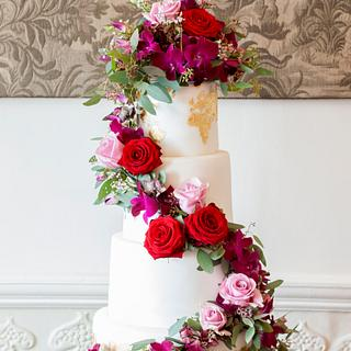 Golden map wedding cake - Cake by Kasserina Cakes