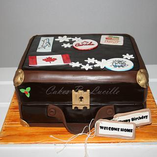 travel/suitcase - Cake by cakesbylucille