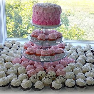 Graded Pink Cutting Cake and Cupcakes