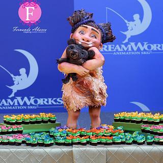 """The Croods"" Sandy Cake & Cupcakes"