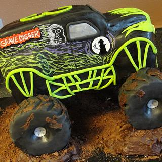 Grave Digger!!