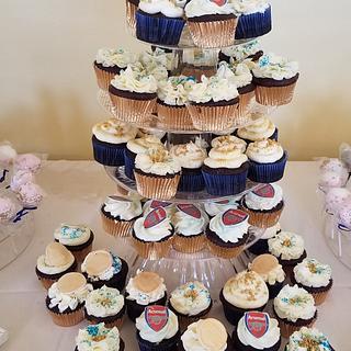 Groom cupcakes - Arsenals soccer team logo