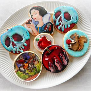 Snow White Themed Cookies
