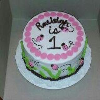Ladybug  - Cake by Jen
