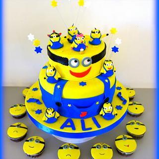 Minion cake&cupcakes