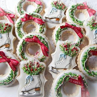 Christmas Wreath and Skate cookies