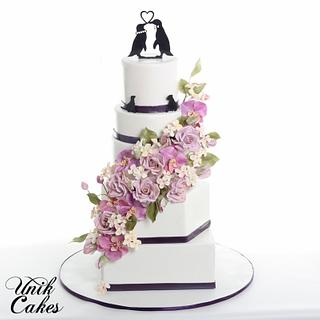 Fall wedding cake with cascading sugar flowers. - Cake by Masha Lipkovsky
