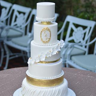 NYE wedding cake  - Cake by CakeryNi