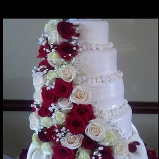 Wedding Cake - Cake by Debbie