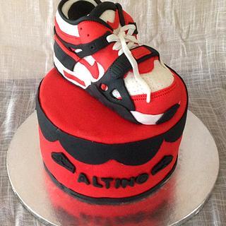 Sneaker cake - Cake by HighTeaTighty