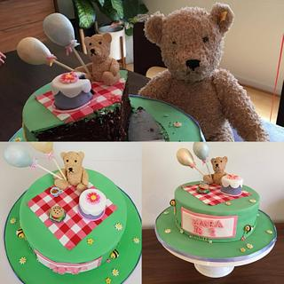 Teddy Bear Picnic - Cake by ellepik