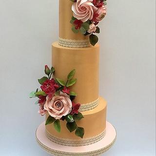 Autumn Wedding Cake - A rose symphony