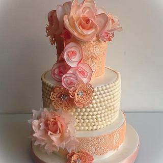 Retro Chic - Cake by Mnhammy by Sofia Salvador