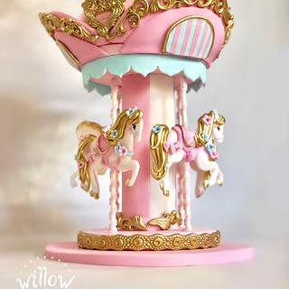 Carousel, fondant cake decoration