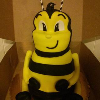 Bumble Bee Cake - Cake by Jeana Byrd