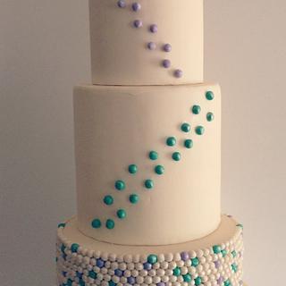 Double Barrel Pearl Wedding Cake