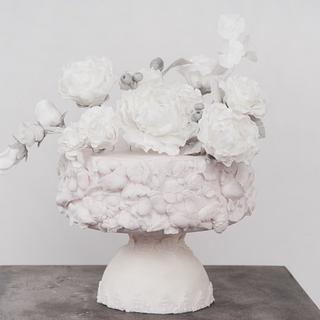 Romantic bas-relief vase and flowers
