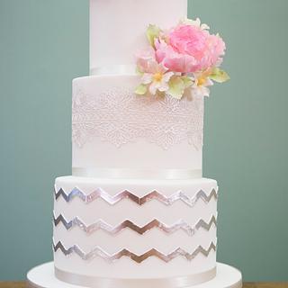Chevron Silver Leaf Cake - Cake by Paul Bradford Sugarcraft School