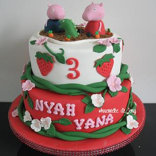 Peppa Pig Strawberry cake - Cake by Miky1983