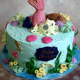 Icing Smiles cake for Aubrielle's 4th birthday - Cake by Sweet Dreams by Heba
