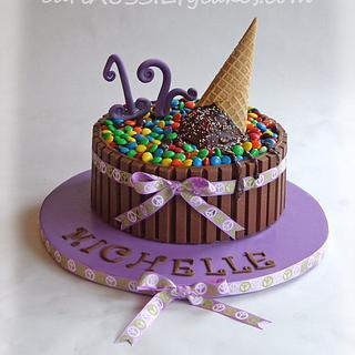 Icing smiles dream kitkat cake